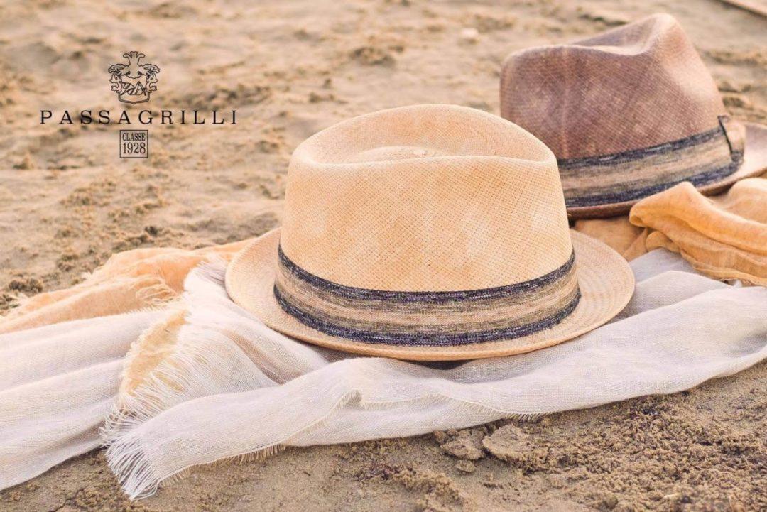 Coprirsi la testa è un uso antico se pensiamo che già nel periodo neolitico  l uomo usava larghi cappelli di paglia per ripararsi dal sole. ba38982745a0